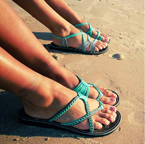 6ca9849e676d Beautiful flip-flops begging for an oceanside photoshoot — let the beach  days begin! Promising review  ...