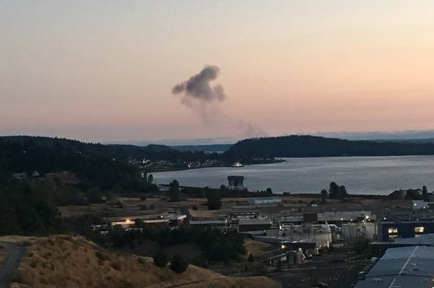 A Plane Apparently Stolen From Seattle Airport Was Chased By Fighter Jets Before Crashing