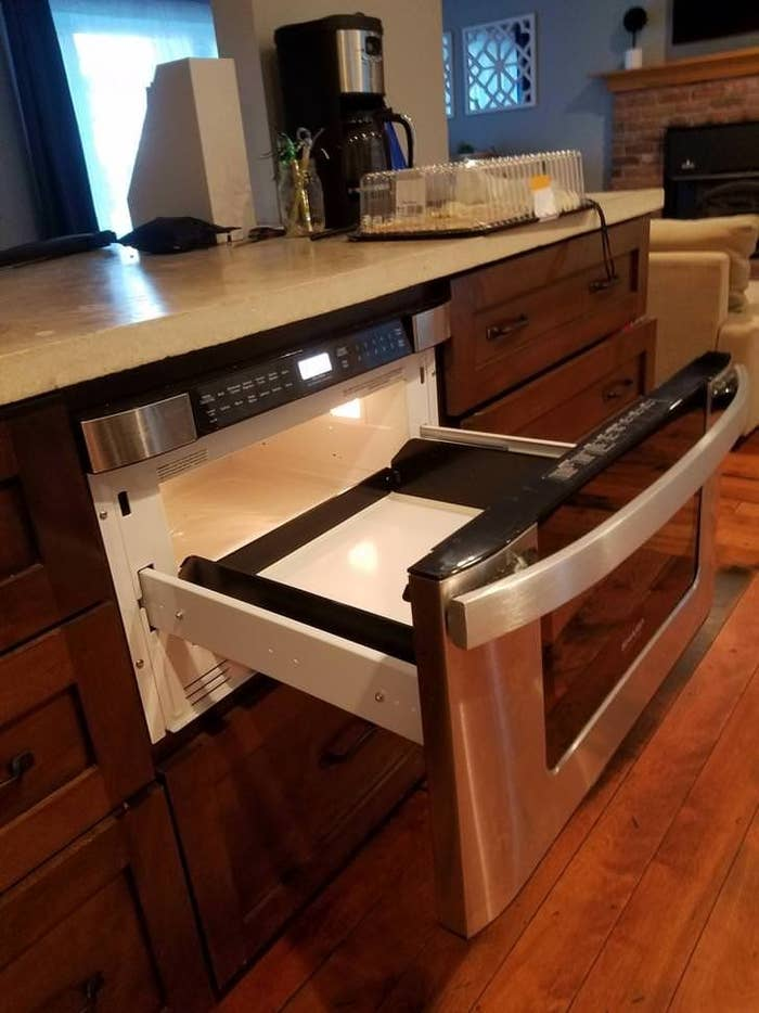 19 Kitchens That Are Truly Living In 3018