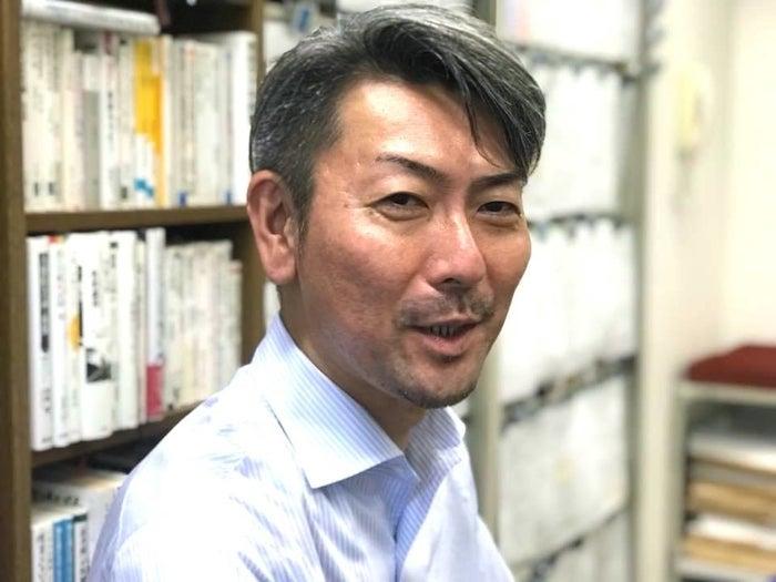 「学校の外の世界の情報が子供たちを救う」と話す松本俊彦さん