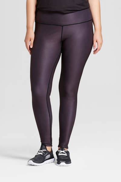 20afa2e78cd32 15. Low-rise ankle leggings that are REVERSIBLE. Gorgeous marble leggings  and gorgeous black leggings in ONE!