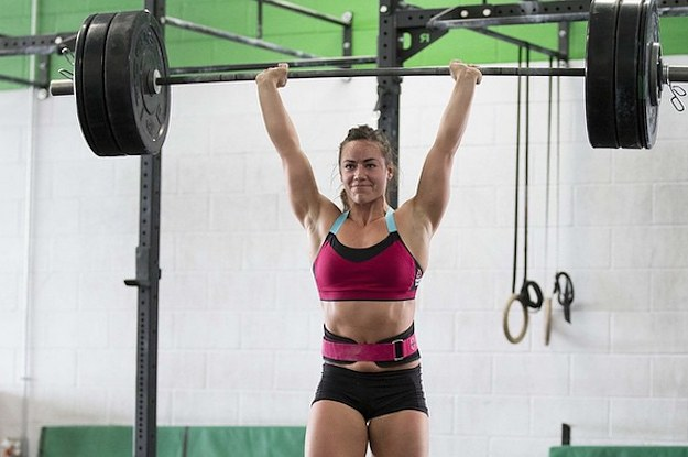 14 Reasons Women Should Never Lift Weights