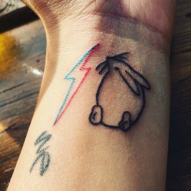 bd9186ce13805 52 Beautiful And Heartwarming Tattoos Dedicated To Pets