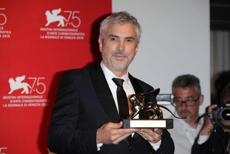 Cuarón se llevó el León de Oro, el máximo galardón del Festival de Cine de Venecia, por Roma. A su vez, la cinta tiene 96% en Rotten Tomatoes y sigue triunfando en otros festivales alrededor del mundo.