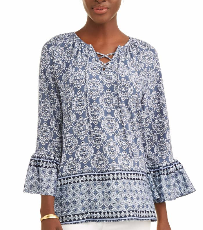 40320fdd34425 A paisley peasant top that ll fail to ever give your bank account the  blues. Happy times only.