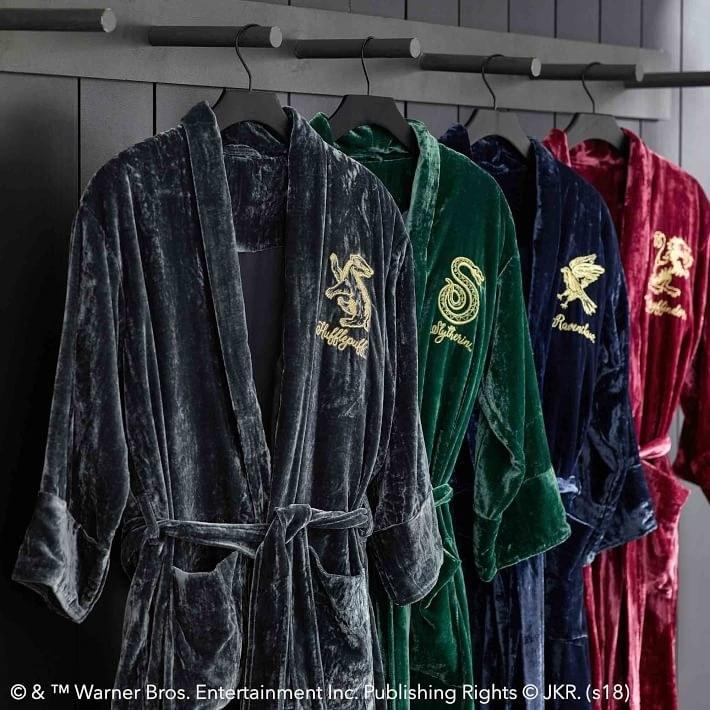 Medium NWT PB Pottery Barn Teen HARRY POTTER SLYTHERIN Velvet Robe Small