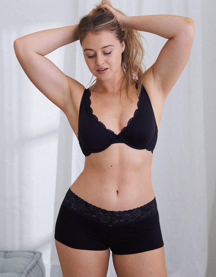 """Get them from Aeries for $9.50 (or 7 for $29; available in sizes XXS–XL and three colors).Promising review: """"I got these to sleep in since I hate wearing pants and they are great! If you are looking for full coverage, be warned they do show off some cheek if you've got booty. But I think it's super cute!"""" —JacQ"""