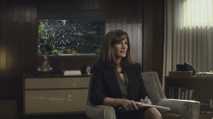 """Plot: """"Homecoming is a psychological thriller that centers on a caseworker, Heidi Bergman (Julia Roberts), at a facility treating soldiers returning from war, and Walter Cruz (Stephan James), a veteran eager to rejoin civilian life.""""Starring: Julia Roberts, Stephan James, Bobby Cannavale, Sissy Spacek, Marianne Jean-Baptiste, Shea Whigham"""