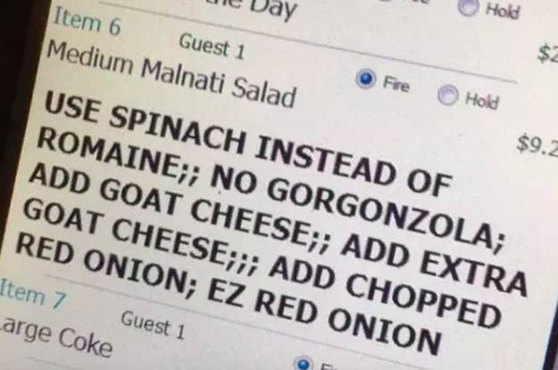 Chefs Are Sharing Their Biggest Restaurant Red Flags And OMG