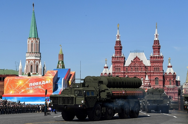 US Imposes Sanctions On A Chinese Military Company And Its Head For Buying Weapons From Moscow