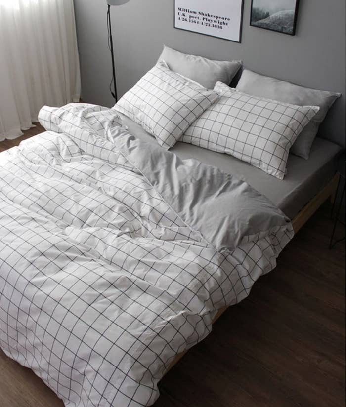 b5fa2f5af089 An understated cotton duvet set you should just ~grid~ your teeth and buy  because it ll look so chic.