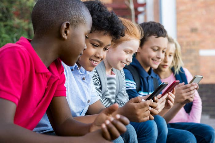 Talk to your child about how much money you're willing to spend to cover your chosen data plan. Additionally, agree to a set of rules about the purchasing of apps or games.