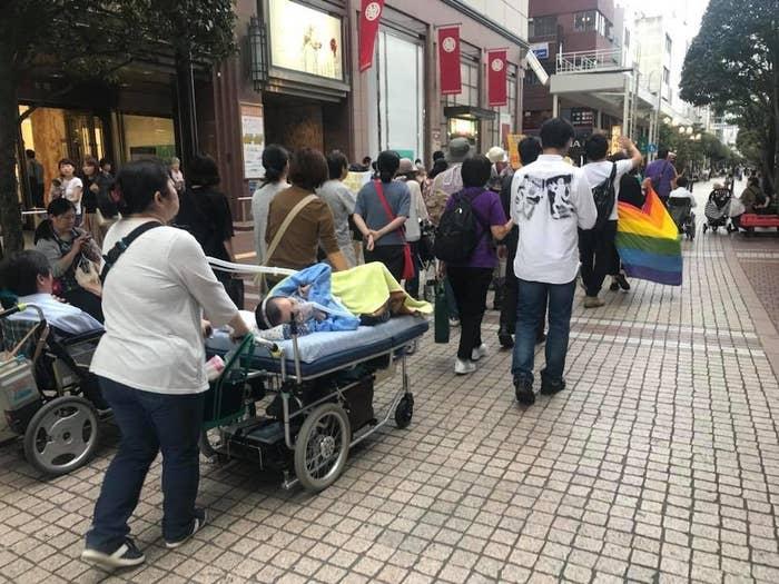 「優生思想を許すな!」「多様性を尊重しよう!」と声をあげながら、仙台の街を練り歩く
