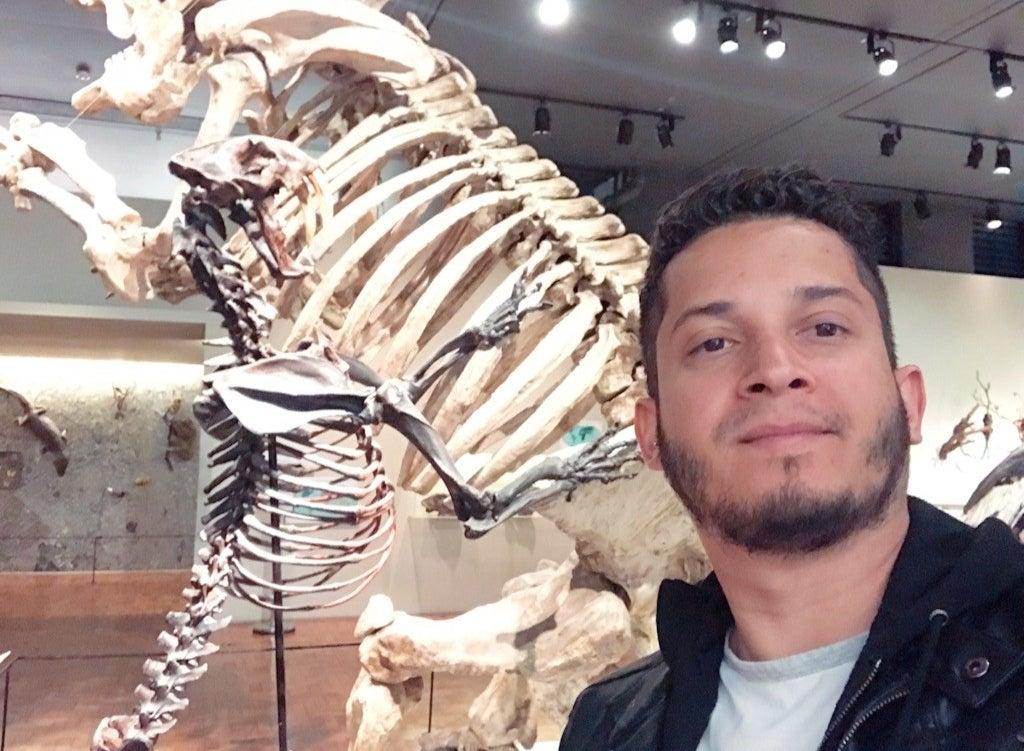 """Ele possui um acervo com mais de 10 milhões de itens preservados, um dos maiores de América Latina. Além disso, guarda documentos que possuem informações únicas sobre algumas espécies e ecossistemas que hoje já nem existem mais.""""Esse patrimônio é fonte de dados importantes em biologia evolutiva, paleontologia, ecologia, e biologia molecular. Por sua vez, essa informação é utilizada em estudos de monitoramento ambiental, mudanças climáticas e bioprospecção, temas de grande relevância no momento atual."""" (http://www.mz.usp.br)Museu de ZoologiaAv. Nazaré, 481 IpirangaEntrada: GratuitaHorário de Funcionamento: Quartas a domingos (inclusive feriados), das 10h às 17h (entrada permitida até as 16h30)"""