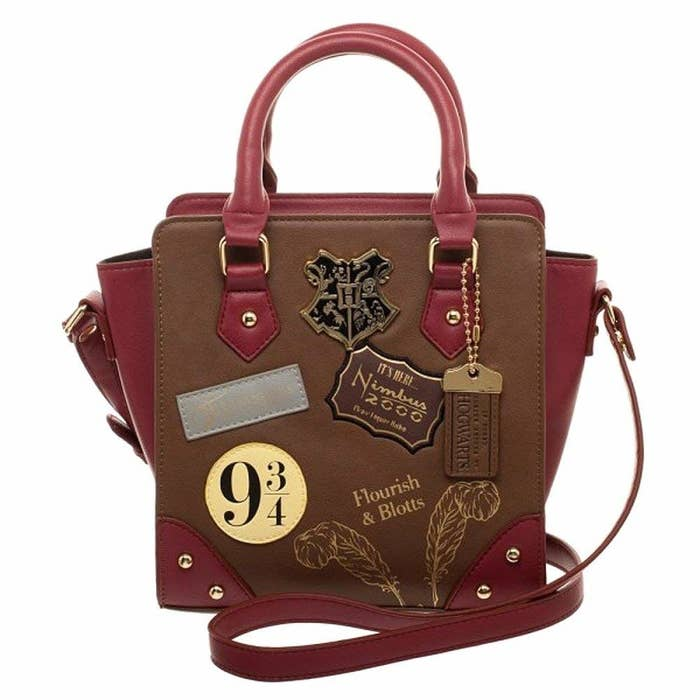 d91fb23187da8e A Harry Potter-themed crossbody perfect for your next shopping trip to  Diagon Alley.