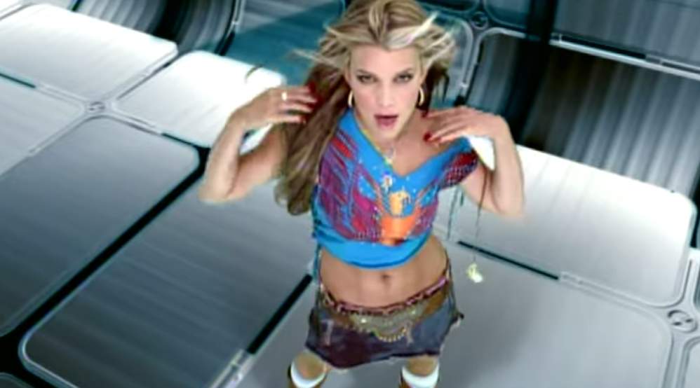 23 Songs From The Early 2000s Only Gays And Woke Straights Know About