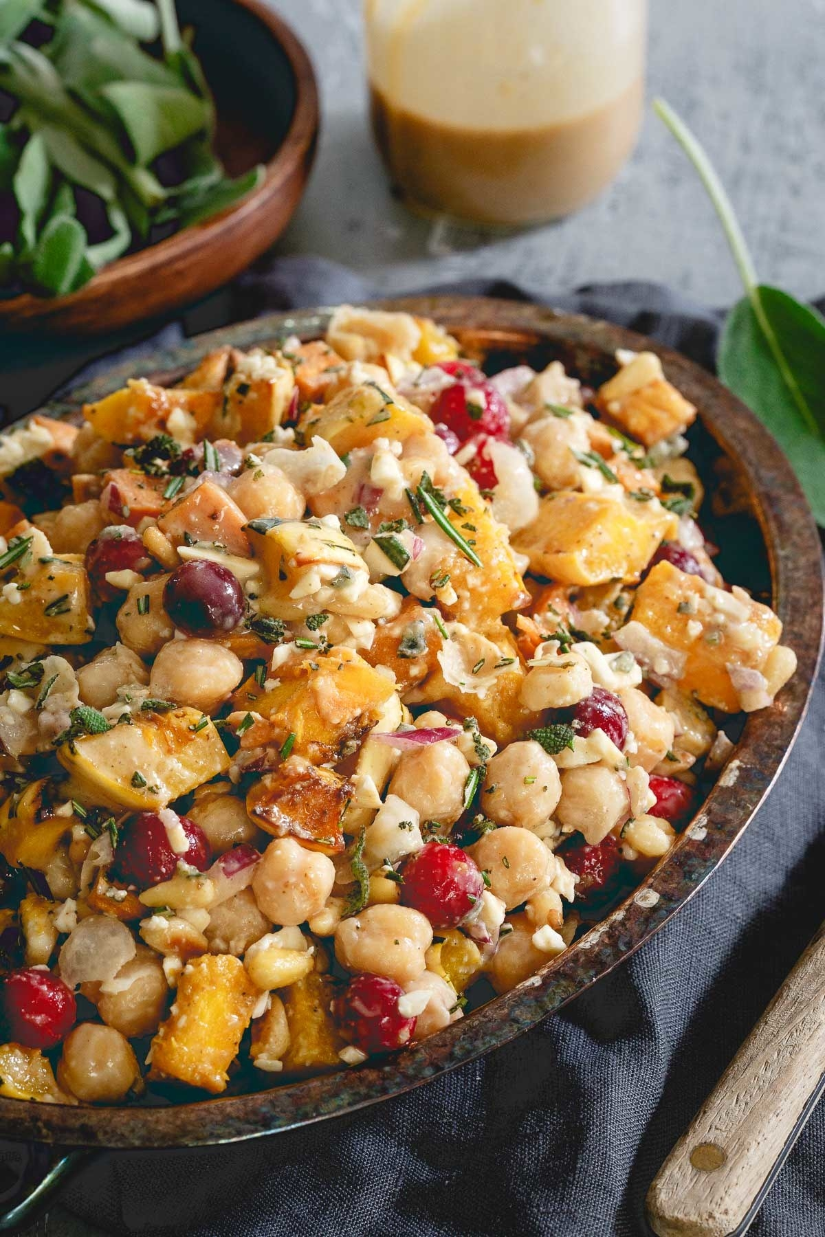 15 Easy Fall Salads You'll Want For Lunch Every Day