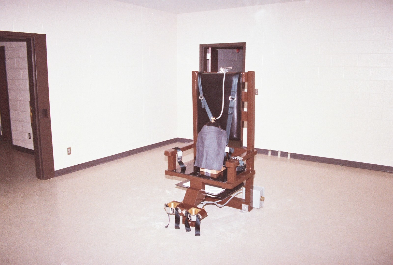 Here's The Horrifying History Of The Electric Chair That Might Soon