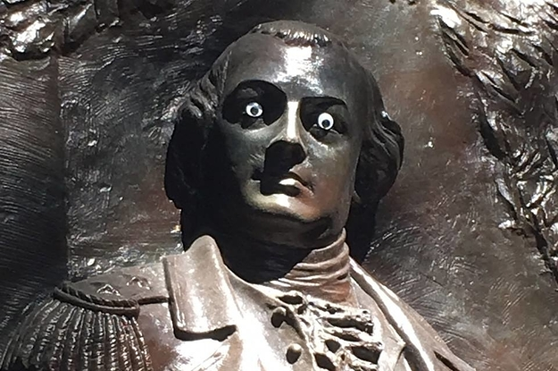 Someone Stuck Googly Eyes On This Savannah Statue And Now Police Are Involved