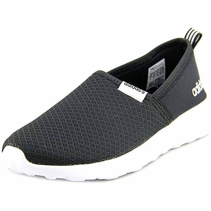 486af869390ab 26 Comfortable Shoes For Traveling That Our Readers Swear By