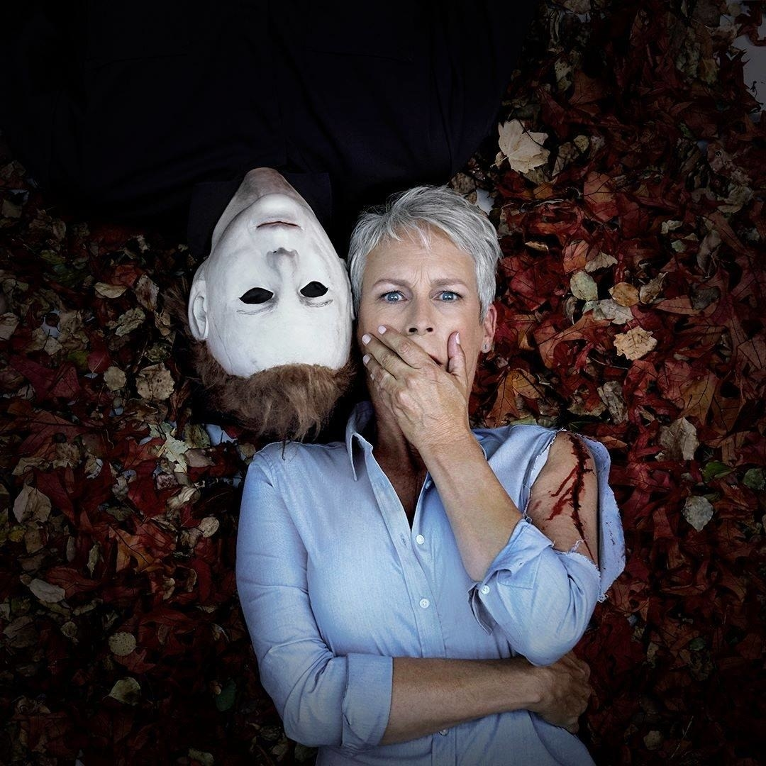 In the second film, it is revealed that Michael and Laurie were siblings. But this new film will return to the original premise in which Myers became obsessed with Laurie without an apparent explanation.