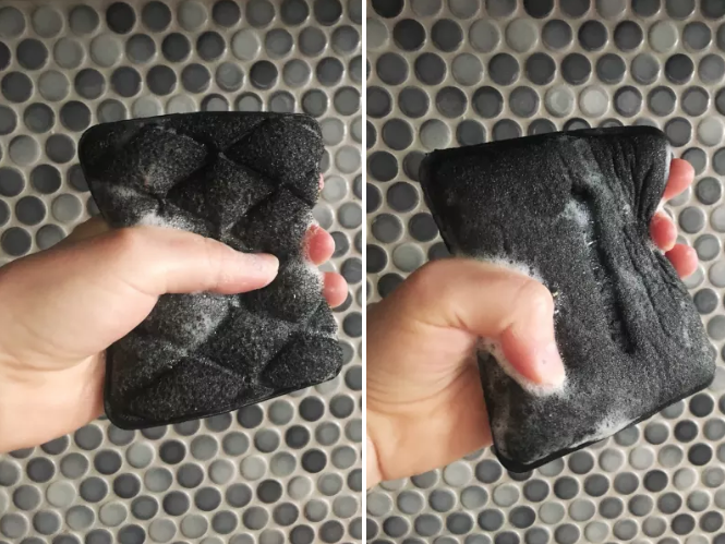 (left) BuzzFeed editor, Natalie Brown squeezing the sponge (right) The same sponge but not squeezed to show the size