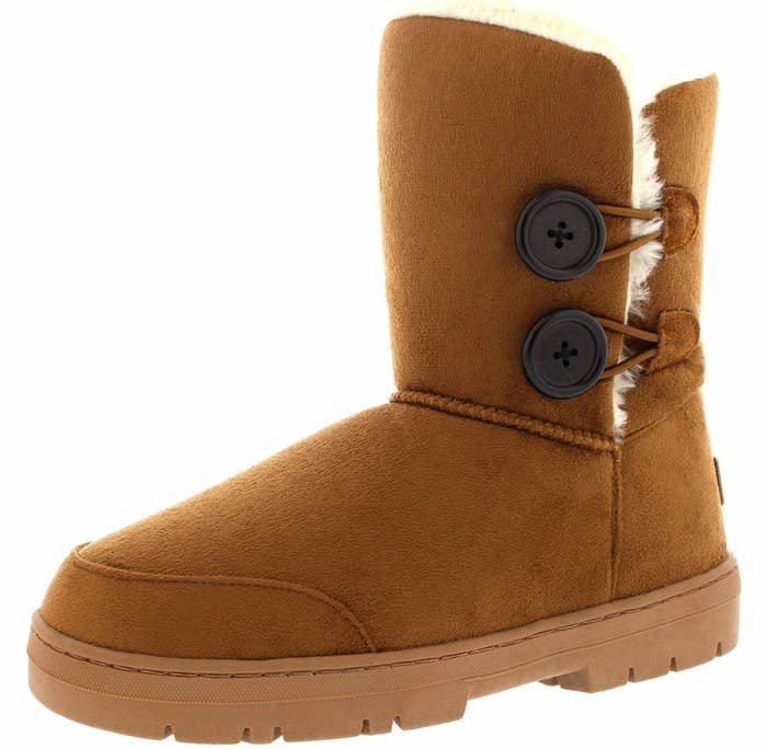 3a310d036129da 21 Of The Best Winter Boots And Snows Boots You Can Get On Amazon In ...