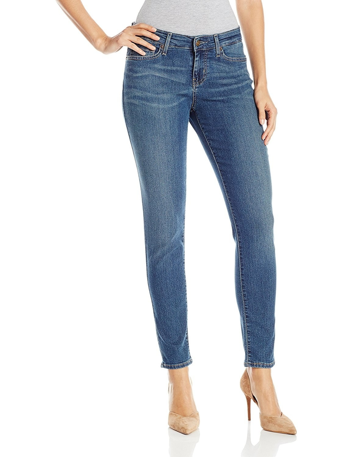 69c44d48d7e2f Incredibly soft skinny jeans that are so classic, so chic! Your legs will  have never been so in love.