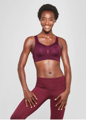 52e91f7a10 22 Sports Bras People With DD+ Boobs Actually Swear By