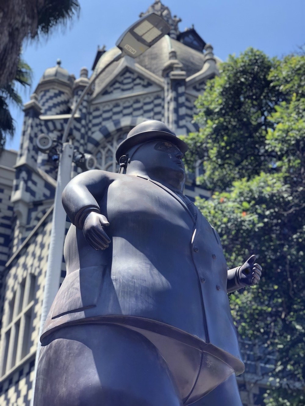 Fernando Botero is a famous Colombian artist who donated several of his sculptures to the plaza.