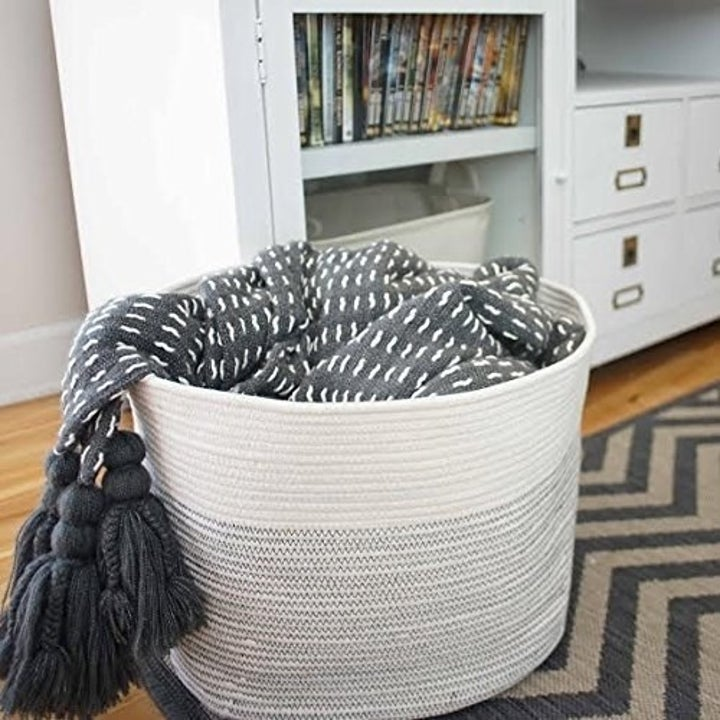 The rope basket
