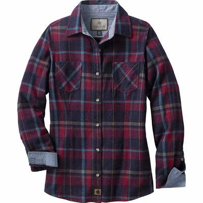 627d37a6 A classic, boxy-fit flannel shirt upgraded with chambray lining at the  collar and cuffs. Amazon ...