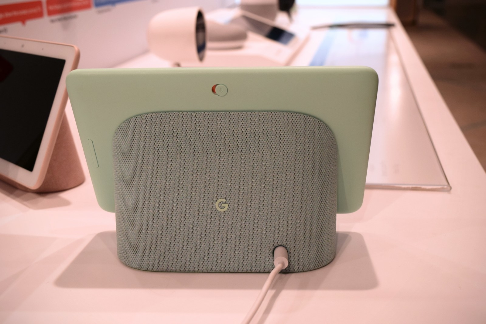 A switch on the back of the Google Home Hub disables the device's microphone.