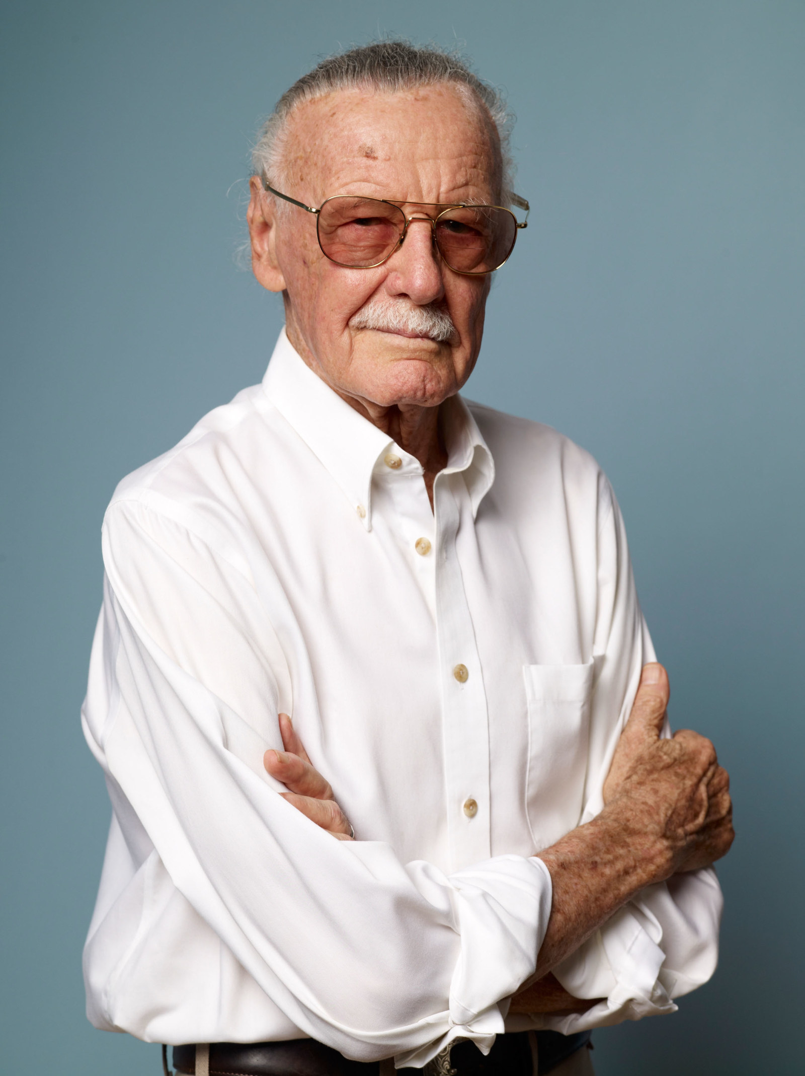 buzzfeed.com - Marvel Actors Are Reacting To Stan Lee's Death, And It Will Break Your Heart