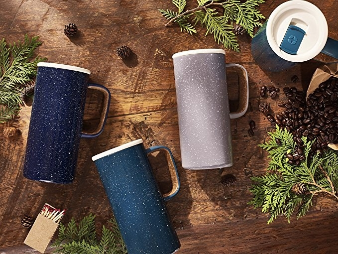 Ello Campy mugs with a speckled print