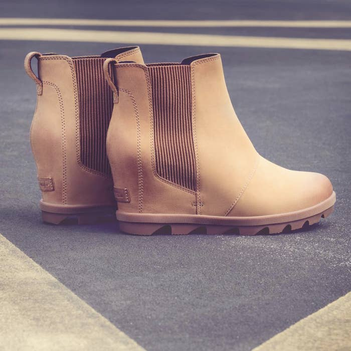 """07f5799964c6 Promising review: """"This is the perfect stylish winter boot! It doesn'"""