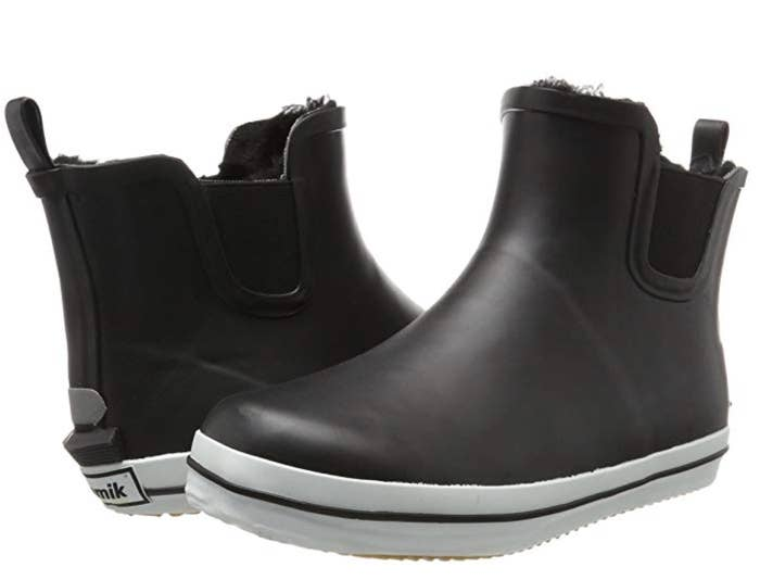 98b76d39f3423 30 Winter Boots That'll Actually Keep Your Feet Warm