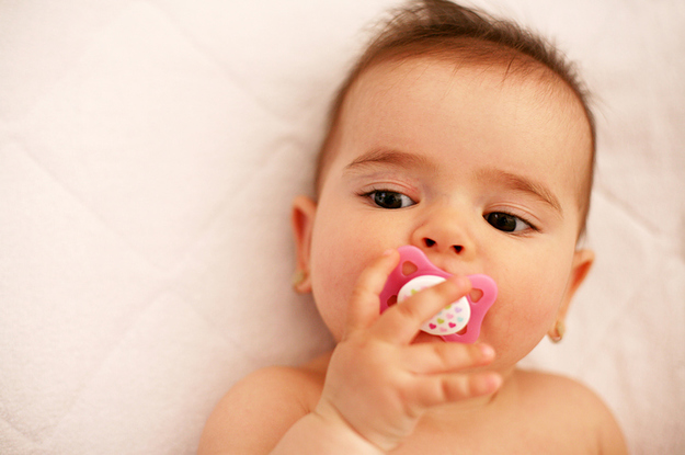 4 babies have gotten sick with botulism from honey filled pacifiers
