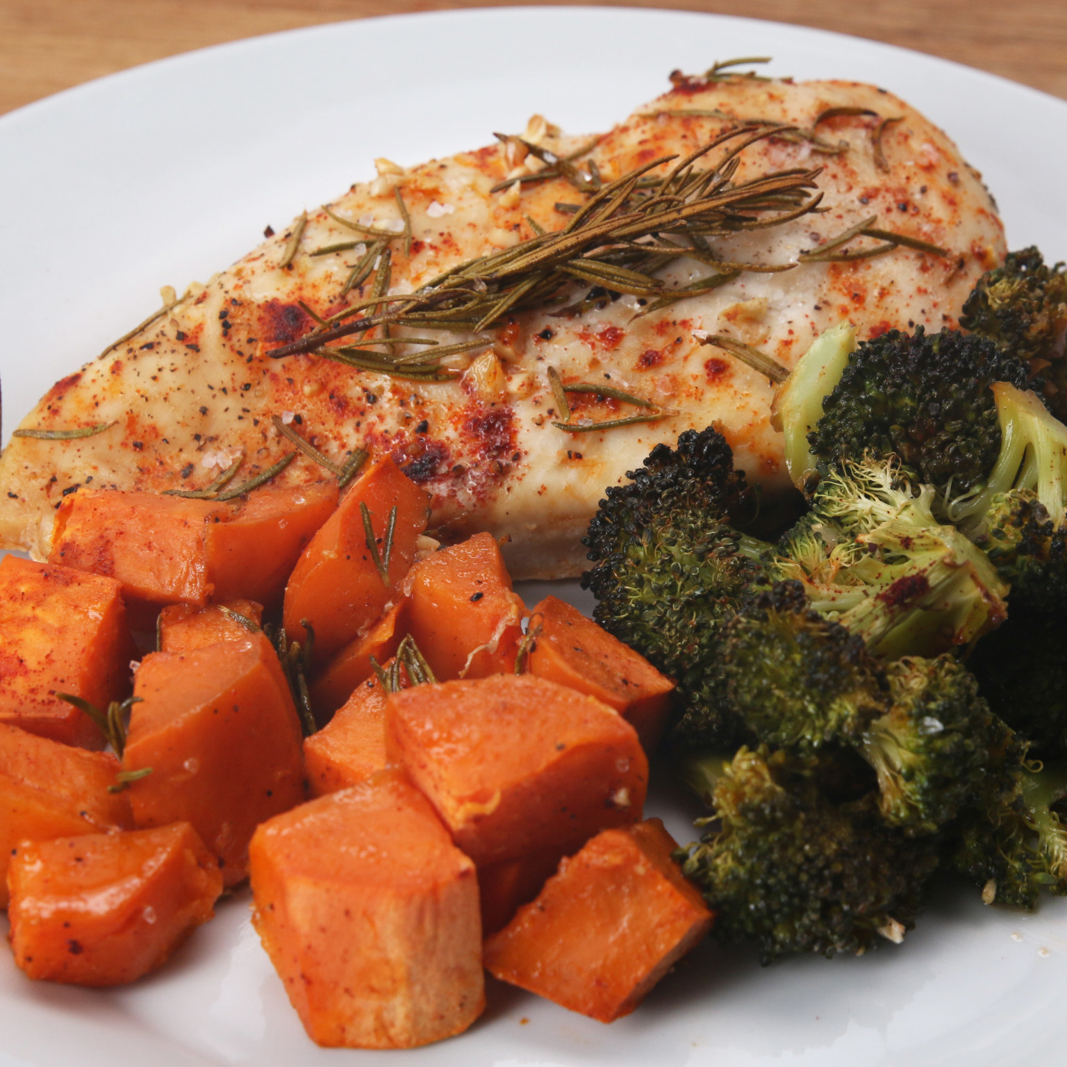 All you need is:– Chicken breasts– Sweet potato– Broccoli– Garlic– Rosemary– Paprika– Salt– Pepper– Olive oilGet the full recipe video here.