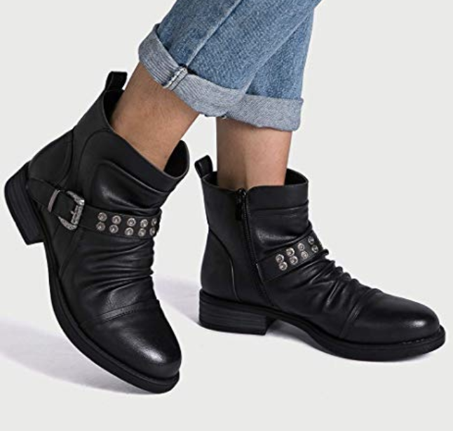 """Promising review: """"These are adorable and fit exactly as expected. They look so much more expensive than the price tag. It was an awesome purchase!!"""" —Leah JoyGet them from Amazon for $27.20 (available in sizes 5.5-11 and in five colors)."""
