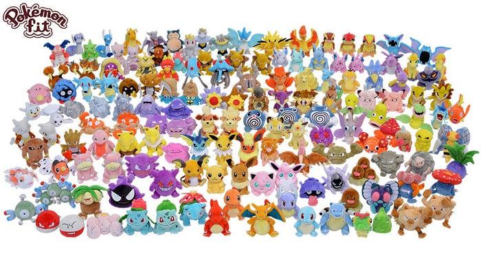 ポケモンセンターに登場した、小型のぬいぐるみシリーズ「Pokémon fit」。人気のポケモンはもちろん、商品化が珍しいちょっとマイナーなポケモンまで、151匹すべてが揃っています!