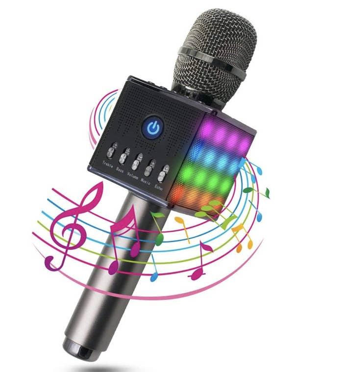 Perfecto para esa persona que siempre quiere ir a un karaoke.Precio: 31,99€ (precio original: 39,99€)