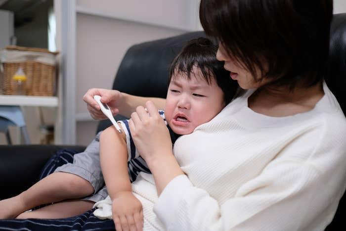 インフルエンザのシーズンを前に、ワクチンを使うべきかどうか悩む親御さんに読んで参考にしてほしい