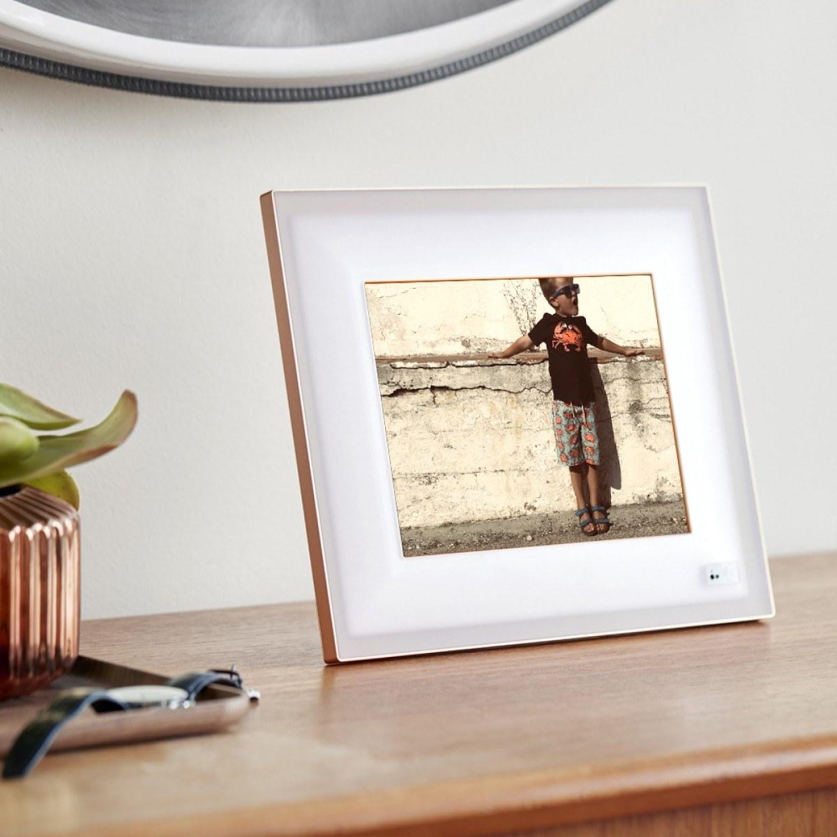 the smart frame displayed on dresser