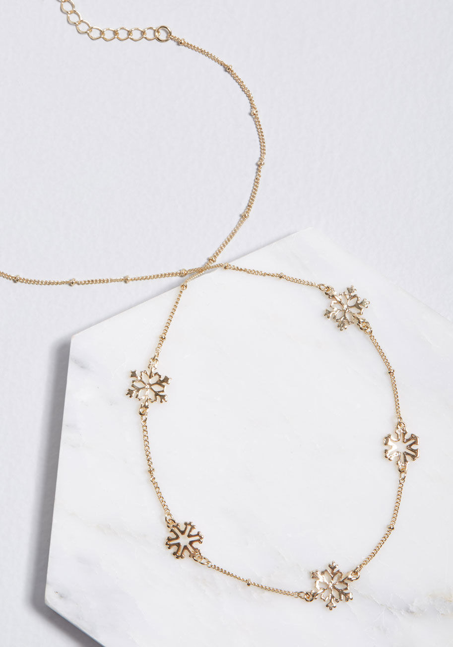 f1700cd78 48 Delicate Necklaces You'll Never Want To Take Off