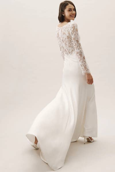 9f60e931efc 23 Incredibly Gorgeous Wedding Dresses With Sleeves