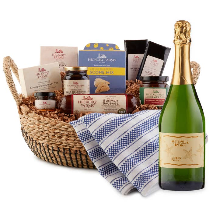 This basket includes Family Celebration coffee, hazelnut coffee, wild blueberry spread, hot pepper. Hickory Farms
