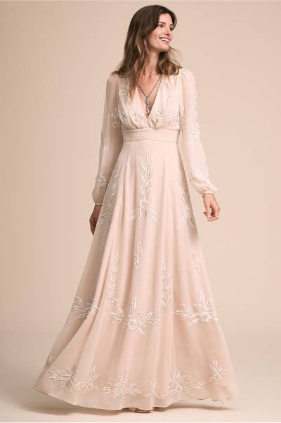 23 incredibly gorgeous wedding dresses with sleeves