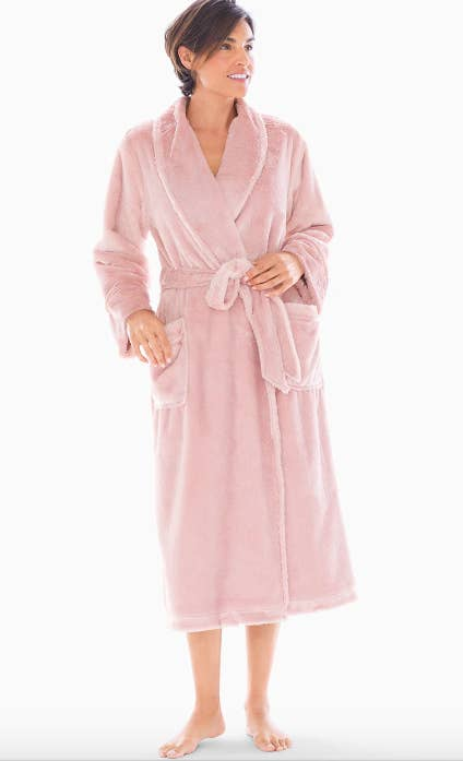 Your sister will feel like royalty after she slips into this plush vintage  pink robe. 78023a904