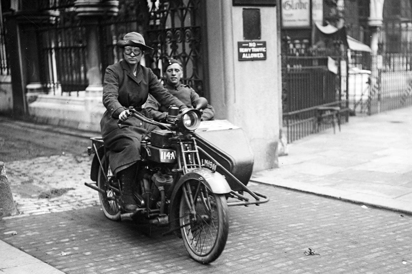 Dispatch rider during World War I, 1917.